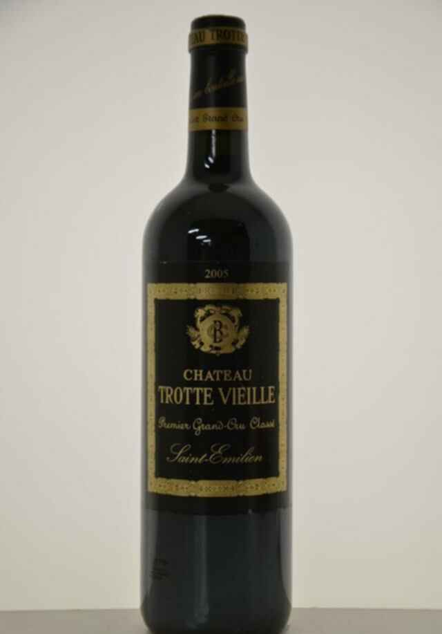 Chateau Trottevieille 2005